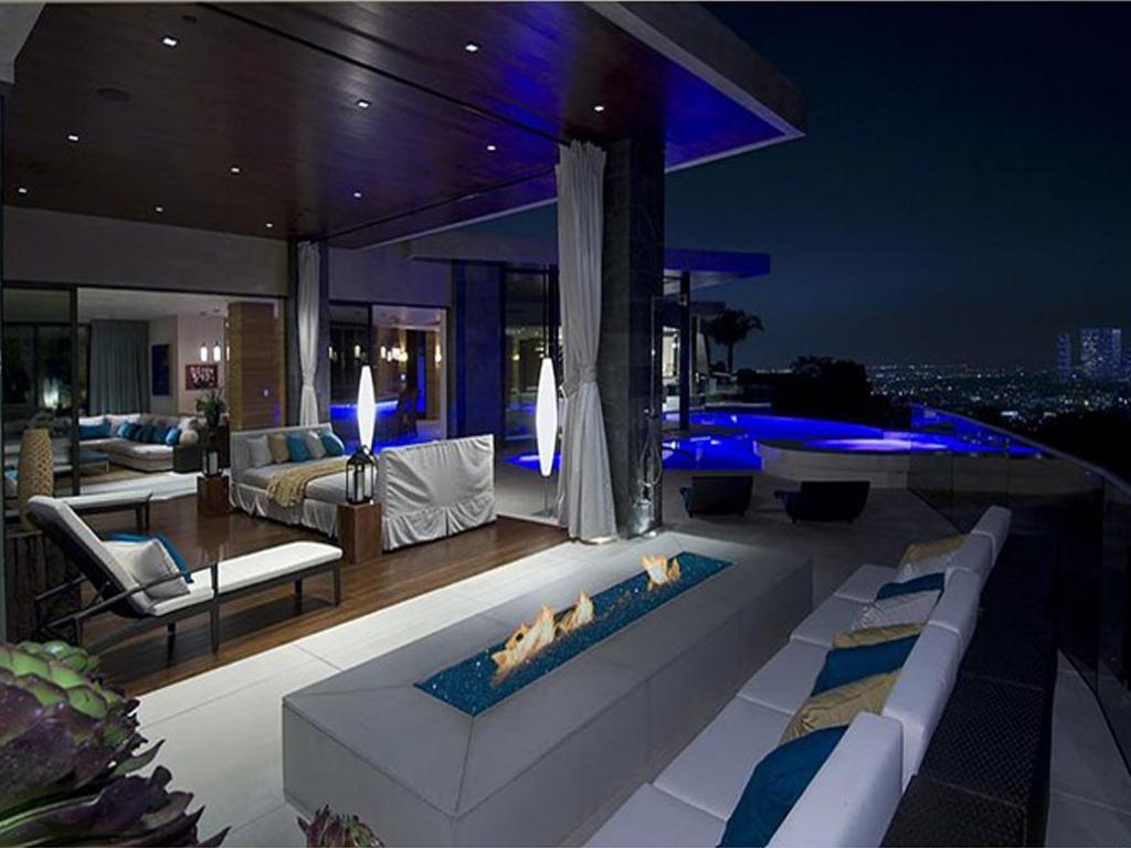 histoire de r ver visitez une partie de l une des maisons de bill gates l homme le plus riche. Black Bedroom Furniture Sets. Home Design Ideas