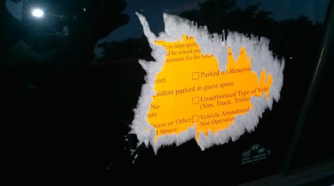L 39 astuce magique pour retirer une etiquette sans laisser de traces journal des bonnes nouvelles - Comment faire des autocollants ...